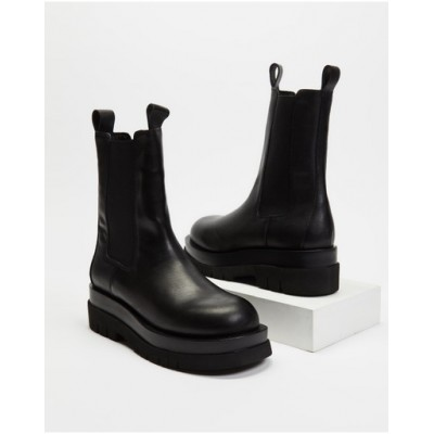 AERE Women Chunky Leather Chelsea Boots Black Leather HPENMHV